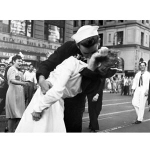 VICTOR JORGENSEN Kissing the War Goodbye in Times Square